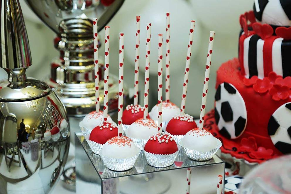 خوراکی های جشن تولد